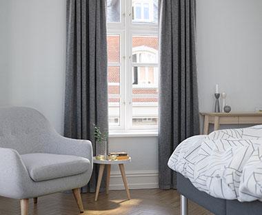 Fantastisk Færdigsyede gardiner - Se vores store udvalg af gardiner │JYSK SK-03