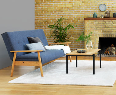 Blå sovesofa VEDDUM i smart retrodesign